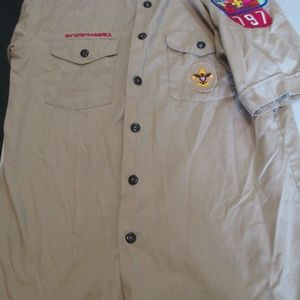 XL Youth Boy Scout uniform shirt with patches